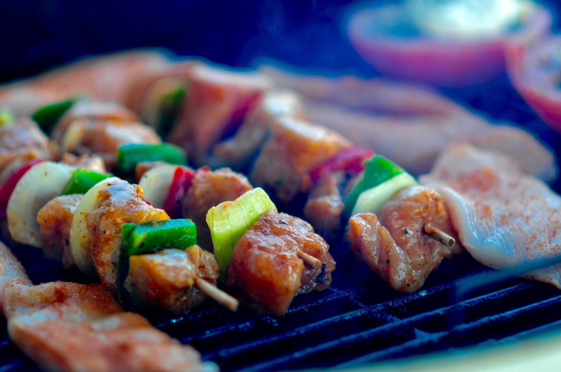 大阪・大阪市「炭火焼鳥 闘鶏」の焼き鳥はサイコーです