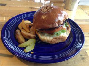 大阪・堺市「SEAGULL DINER」でハンバーガーを食べた