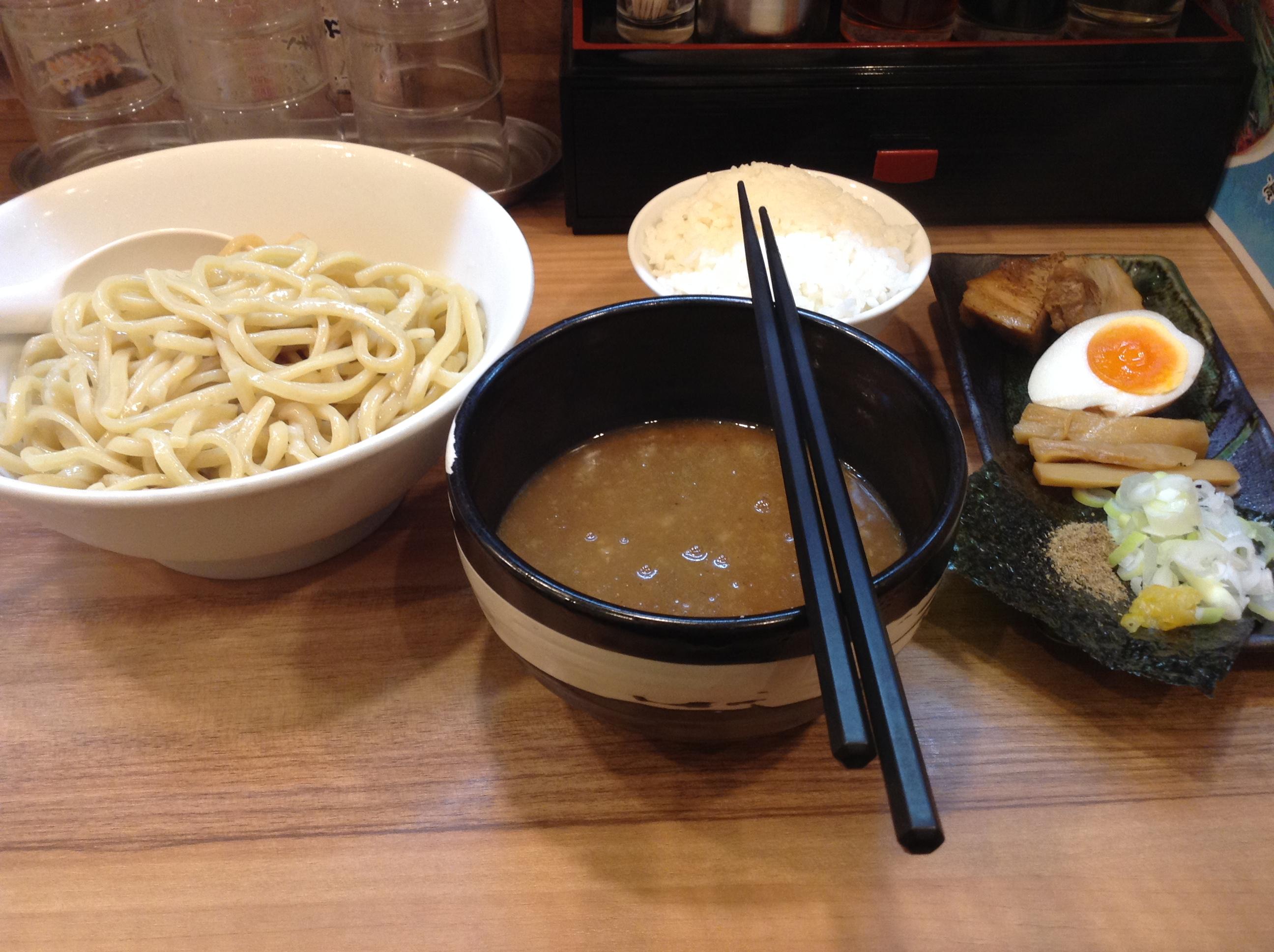 東京・品川区「横浜家系らーめん つけ麺・らーめん春樹」でつけ麺を食べた