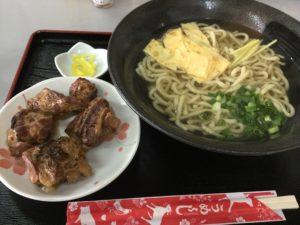 沖縄・中城村「麺家にらい」で沖縄そばを食べた