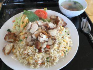沖縄・中城村「シャムビントゥ」のタイ料理は美味しい