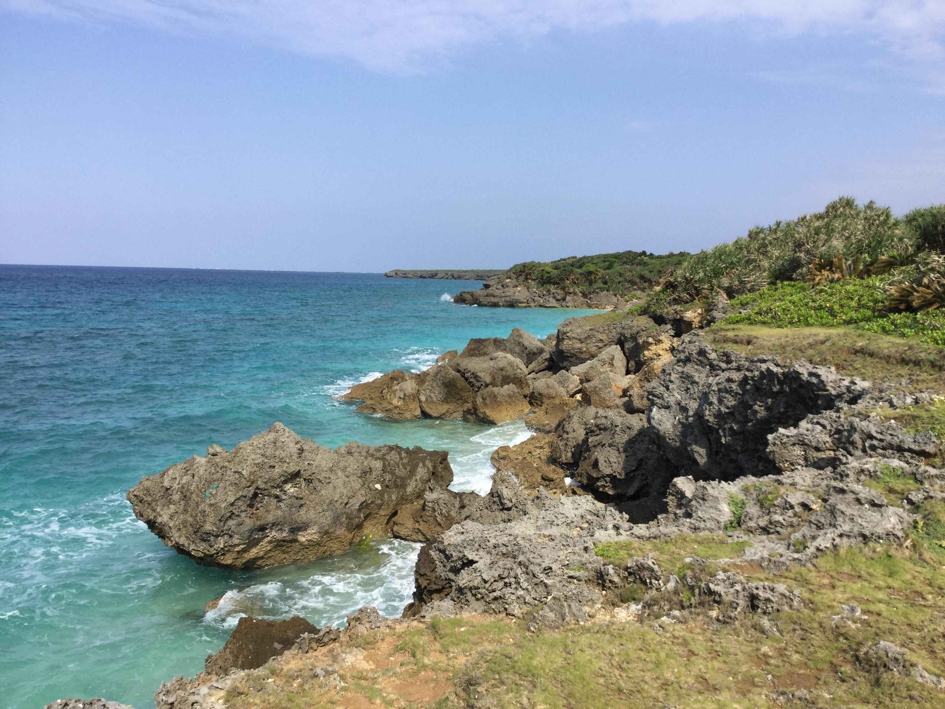 沖縄・南城市「久高島」は神の島