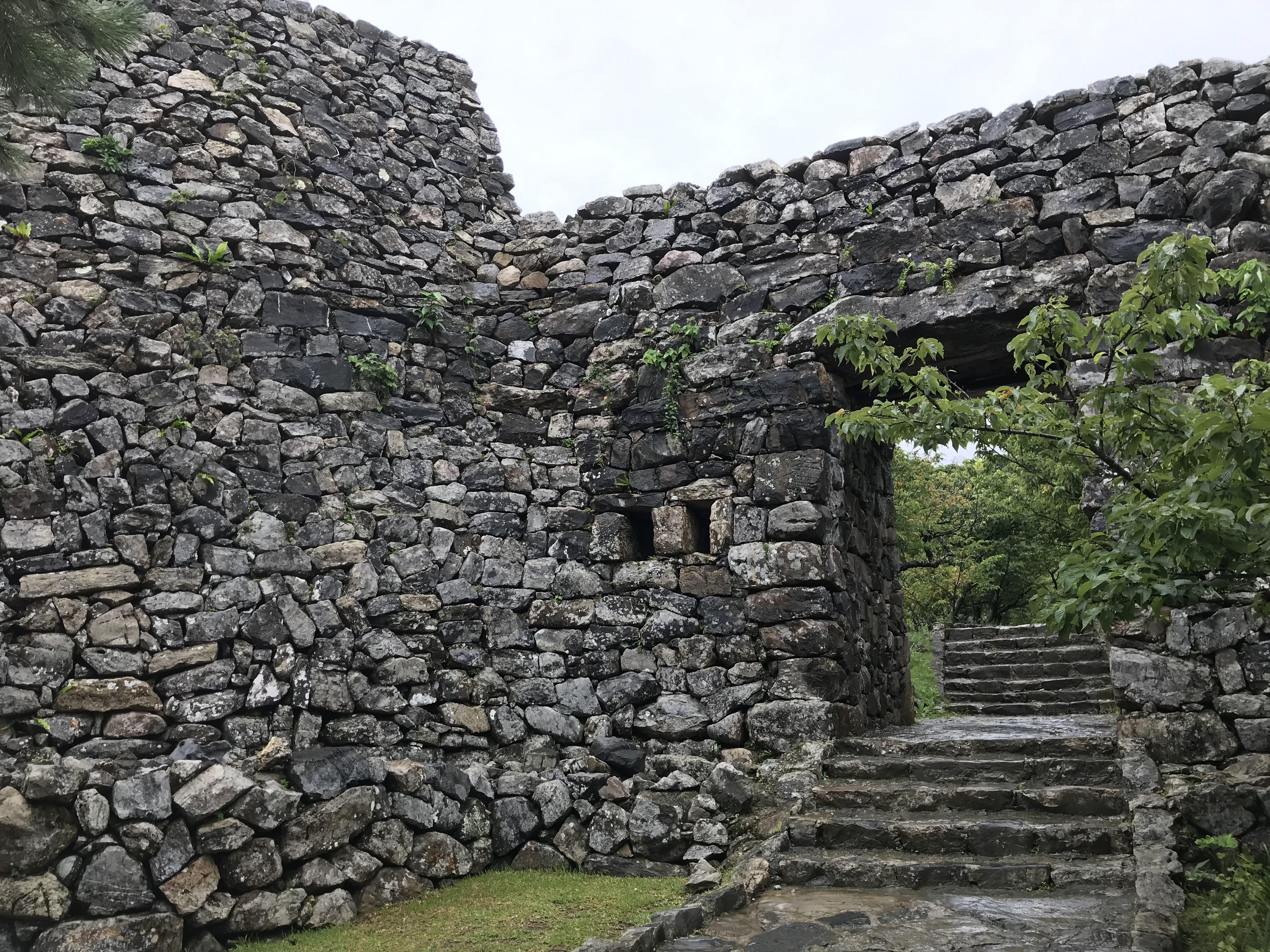 沖縄・今帰仁村「今帰仁城跡」北部にある世界遺産の城